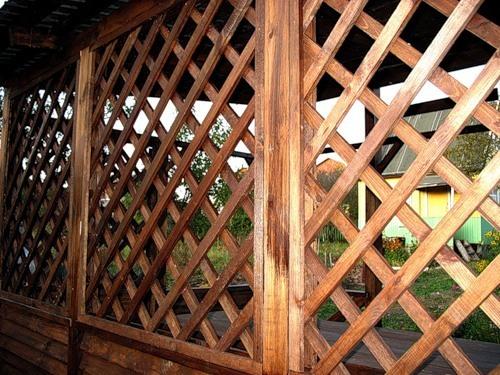 Деревянная решетка садовая своими руками из
